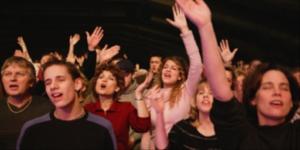 singing worship2